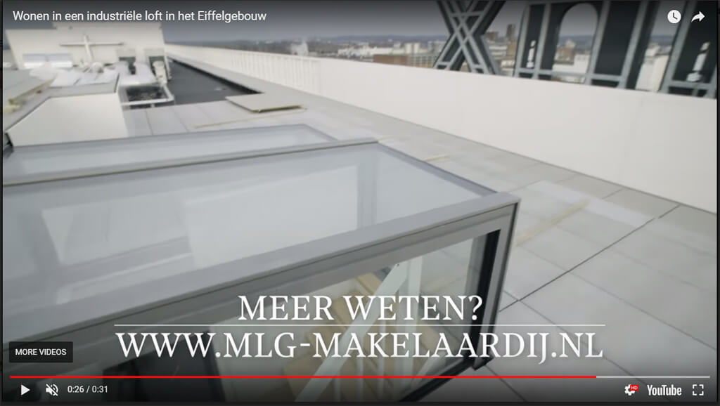 Video Freestanding Box op Loft Eiffelgebouw