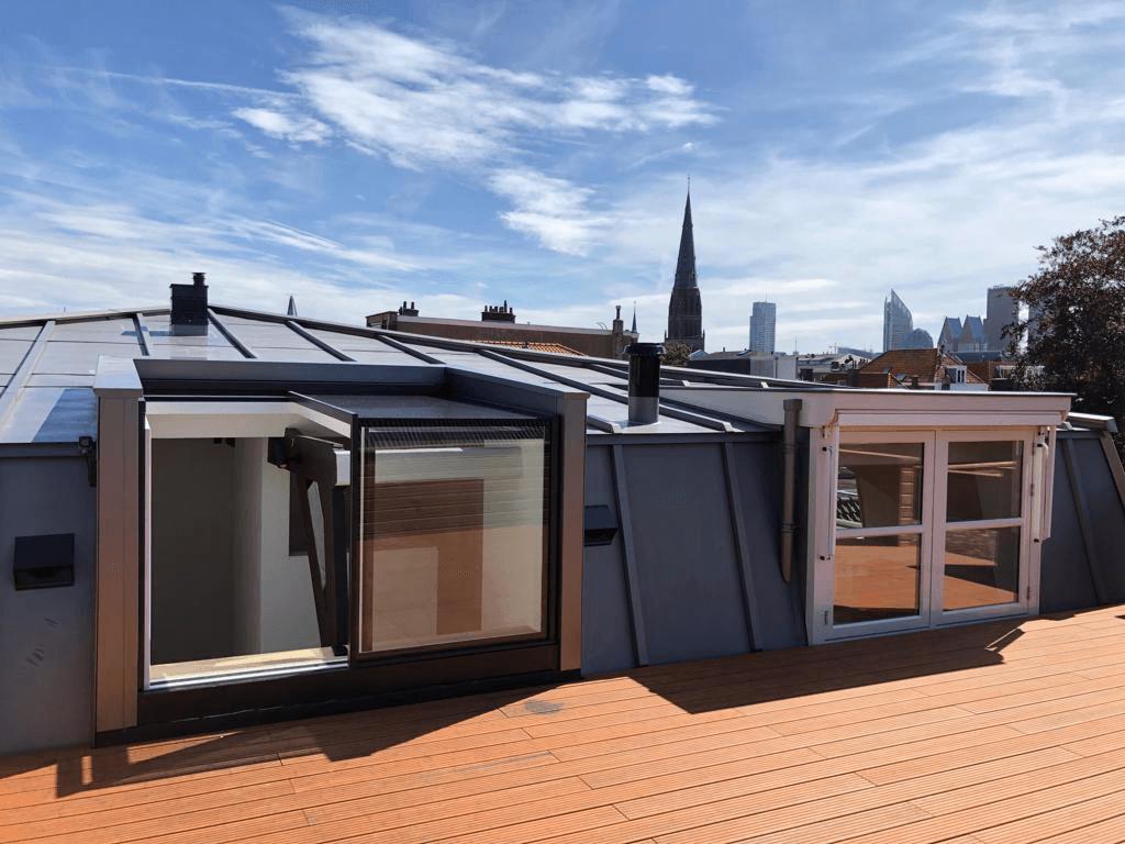 Three Wall Box - schuivend daklicht als ultieme toegang tot het dakterras